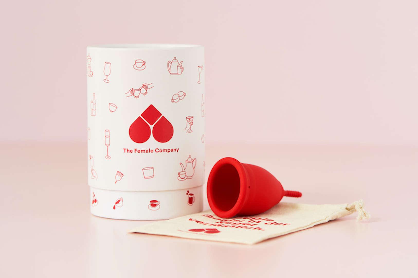 Menstruationstasse mit Aufbewahrung bei The Female Company kaufen
